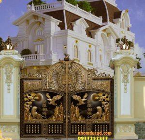 Thi Công thiết kế cổng nhôm đúc tại Ninh Bình đẹp chất lượng