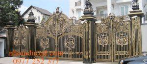 Thi công cổng nhôm đúc tại Hòa Bình